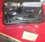 Музей диагностических инструментов - офтальмоскоп HEINE 1985 г.